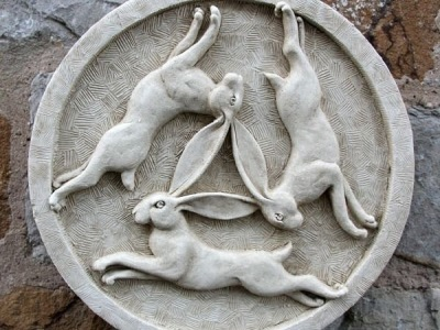 Celtic Hares in the round